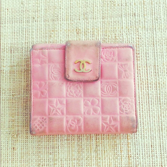 CHANEL Handbags - Chanel pink lambskin icon wallet - authentic.